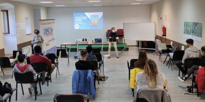 Jóvenes de la Comarca se preparan para los nuevos programas de voluntariado europeo