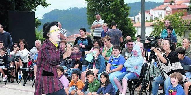 Kristina Gonçalves gana el Concurso de Carteles del Festival «Las Tres Noches de Lastres»